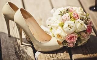 Можно ли продавать свадебные туфли. Итак, что же обязательно должно быть надето на невесте? Что предлагают дизайнеры свадебной обуви