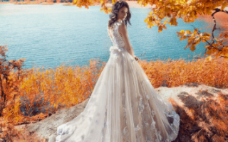 Платье айвори и синий костюм. Свадебные платья цвета айвори для каждой невесты